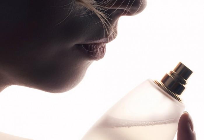 acquistare profumi on line risparmiando