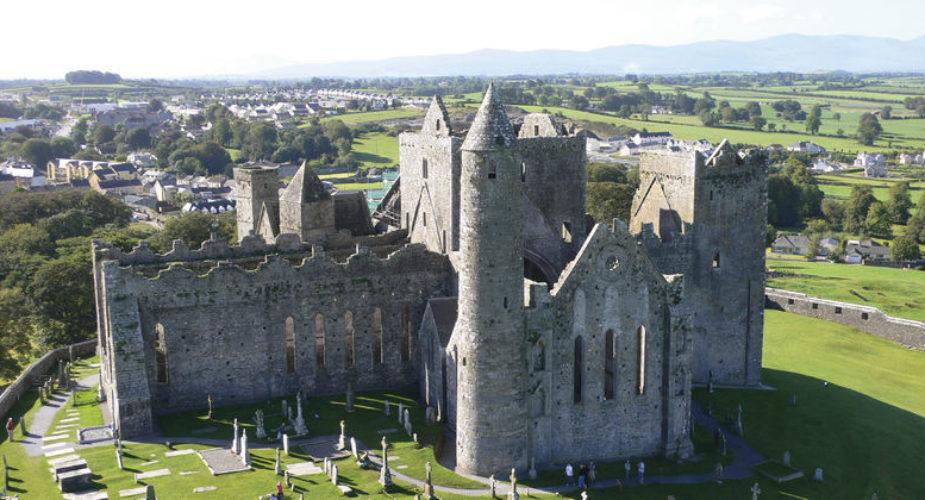 Immagine: Copyright Fáilte Ireland – Rock of Cashel web-1001219.jpg (1)