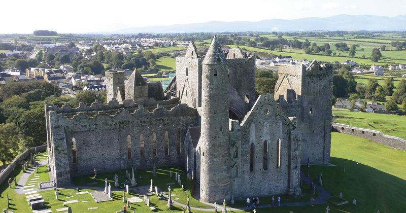 Immagine: Copyright Fáilte Ireland – Rock of Cashel