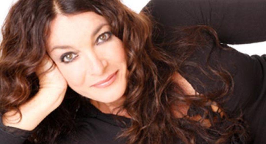 """Il grande ritorno di Marina Suma a teatro con la commedia"""" Mamma, ieri mi sposo"""""""