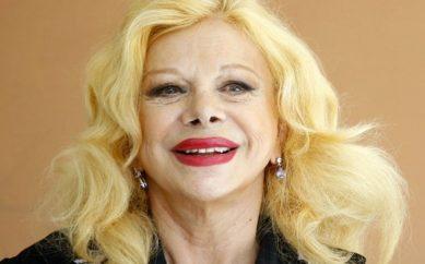 SANDRA MILO, L'INTERVISTA ALL'INTRAMONTABILE ICONA DI CINEMA, TEATRO E TV
