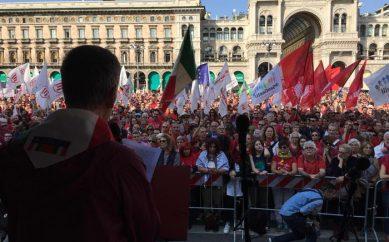 In migliaia in Duomo contro intolleranza