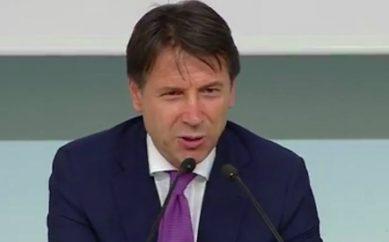 """Conte: """"Concorso vinto senza violare la legge. Conflitto d'interessi? Falso"""". Cantone: """"Spiegazione plausibile"""""""