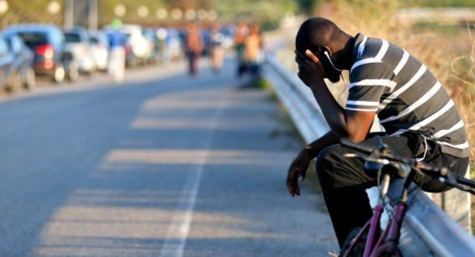 """Migranti, 22enne originario del Gambia si suicida: """"Gli era stato negato l'asilo"""""""