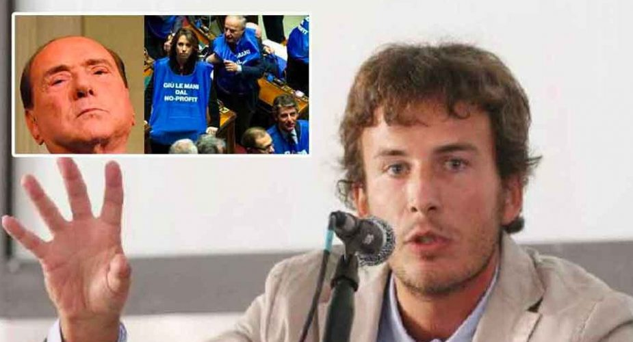Diego Fusaro: 'I gilet azzurri di Forza Italia, al servigio dell'Unione Europea e del capitale global-elitario'