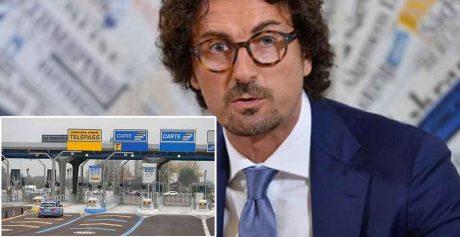 HOME » ECONOMIA Pedaggi autostradali, Toninelli: 'I rincari derivano da contratti siglati dai precedenti governi a tutto vantaggio dei gestori, come abbiamo da tempo denunciato'