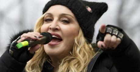 Madonna, 17/4 nuovo singolo con Maluma